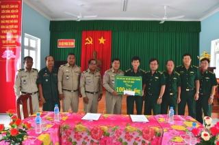 Hỗ trợ Ty Cảnh sát Pray Veng kinh phí xây dựng doanh trại