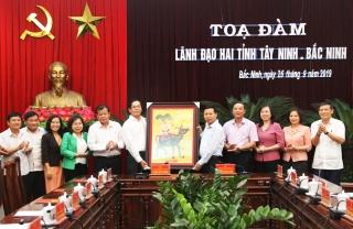 Đoàn công tác tỉnh Tây Ninh thăm và làm việc tại Bắc Ninh