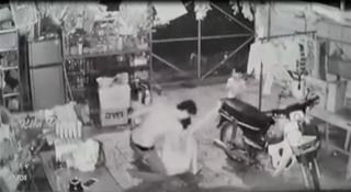 Khởi tố người chồng bạo hành vợ dã man ở Suối Dây