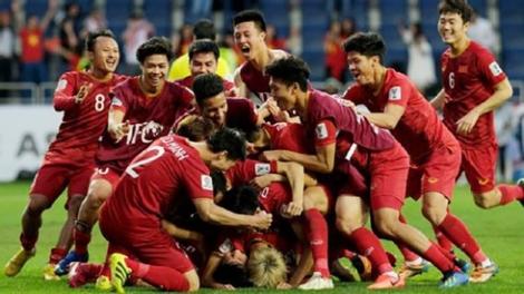 Thắng Malaysia, doanh nghiệp sẽ thưởng ngay nửa tỷ đồng cho đội tuyển Việt Nam