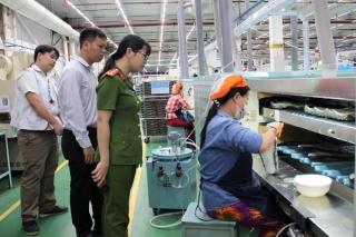 Tăng cường kiểm tra an toàn công nghiệp, xử lý hóa chất gây ô nhiễm môi trường