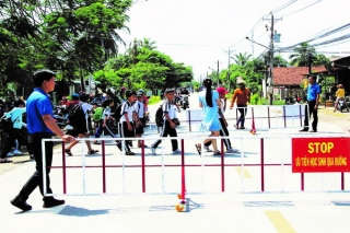 Nỗ lực bảo đảm an toàn giao thông cho học sinh