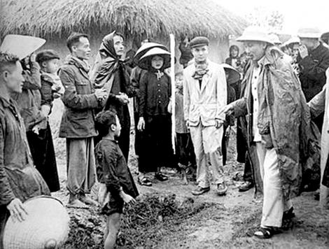 Học và làm theo phương pháp dân vận Hồ Chí Minh