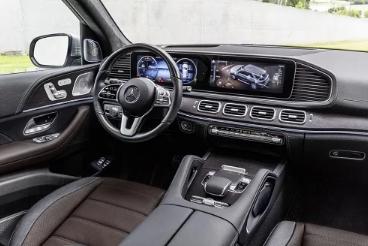Mercedes-Benz trình làng hai mẫu SUV tại VMS 2019