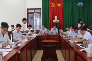 Làm việc với lãnh đạo huyện Hoà Thành