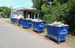 Người dân kiến nghị dời điểm trung chuyển rác ra khỏi khu dân cư