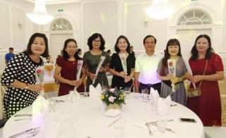 Họp mặt kỷ niệm ngày thành lập Hội LHPN và ngày Phụ nữ Việt Nam