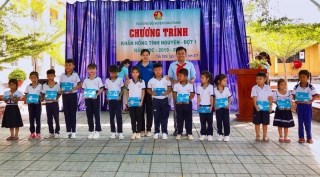 Châu Thành: Ra quân chương trình Khăn hồng tình nguyện