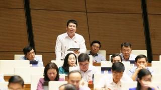 Đại biểu Quốc hội đề xuất giảm, truất lương hưu của cán bộ bị kỷ luật