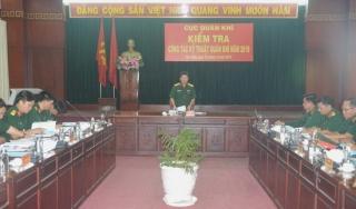 Cục Quân khí kiểm tra tại Sư đoàn 5