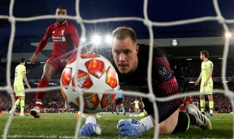 Ter Stegen: 'Tâm lý khiến Barca thua Liverpool'