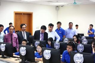 Học sinh, sinh viên cả nước bước vào cuộc chinh phục các kì thi IELTS
