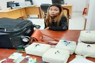 Hải quan Mộc Bài bắt giữ 5 kg ma túy đá