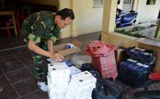 2 ngày, BĐBP bắt giữ 3 vụ buôn lậu thuốc lá và rượu ngoại