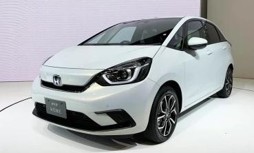 Honda Jazz thế hệ mới bớt cá tính, thêm động cơ hybrid