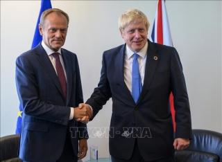 'Con thuyền' Brexit hai lần lỡ bến