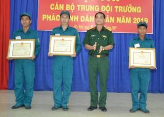 Bế mạc Hội thi cán bộ trung đội trưởng pháo binh dân quân