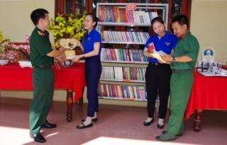 Sư đoàn 5: Tổ chức Ngày pháp luật Việt Nam