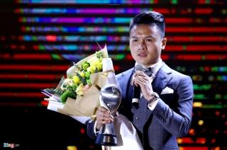 Quang Hải lập cú đúp, bóng đá Việt Nam vẫn thua Thái Lan ở AFF Awards