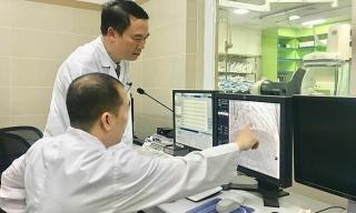 Bệnh tim nặng thêm do chữa theo 'bác sĩ Google'