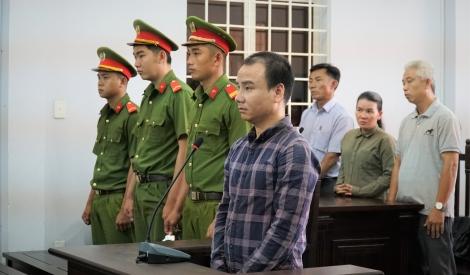 Tài xế tông chết 5 người lãnh án 14 năm tù