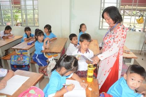 Giảm áp lực học tập cho học sinh - cần sự phối hợp đồng bộ