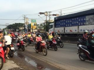 Sớm giải quyết tình trạng kẹt xe giờ cao điểm tại ngã tư An Bình