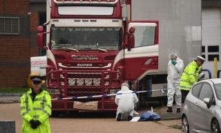 Chi phí đưa 39 nạn nhân trong container ở Anh về nước