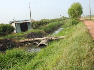 Người dân phải thống nhất trong việc đặt cống ngang kênh tiêu T12-15