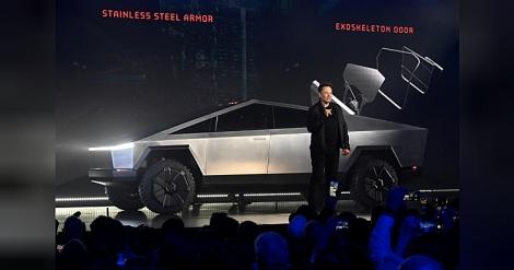 Gần 150.000 người đặt mua bán tải 'lập dị' của Tesla