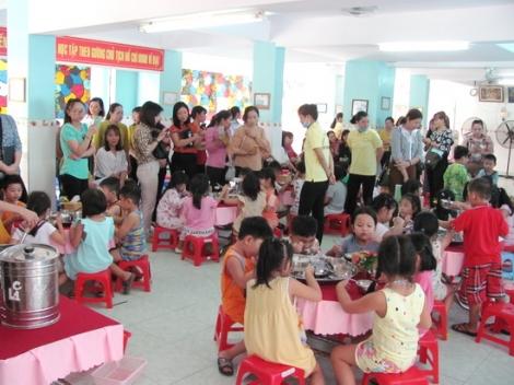 Hội nghị chuyên đề chăm sóc và nuôi dưỡng trẻ trong trường mầm non
