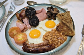 Những cách ăn sáng 'giết' sức khỏe cực nhanh, hầu như người Việt nào cũng mắc