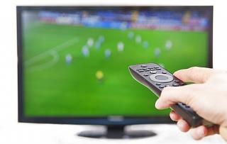 TV cỡ lớn đắt hàng nhờ bóng đá