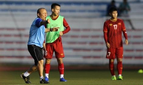 Thầy Park lên phương án gì cho học trò đánh bại Indonesia?