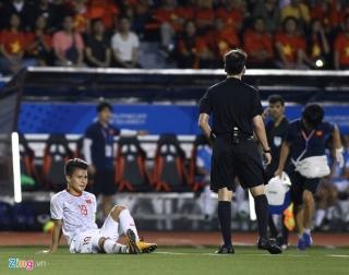 Đức Chinh tỏa sáng giúp U22 Việt Nam đánh bại Singapore