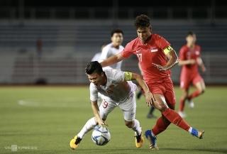 Quang Hải có nguy cơ sớm chia tay SEA Games 30