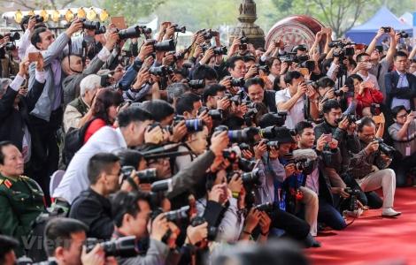 Đề xuất xử lý người phát ngôn chậm cung cấp thông tin báo chí
