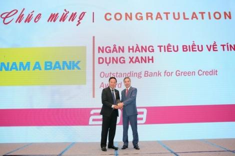 """Nam A Bank nhận giải thưởng """"Ngân hàng tiêu biểu về tín dụng xanh"""" năm 2019"""