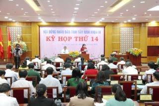 HĐND tỉnh tiến hành chất vấn và trả lời chất vấn tại Kỳ họp thứ 14, khóa IX