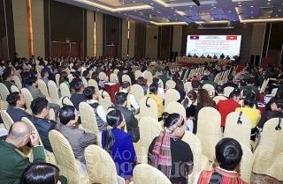 Việt Nam - Lào: Chia sẻ kinh nghiệm công tác dân tộc