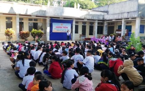 Châu Thành: Tổ chức Khăn hồng tình nguyện đợt 2