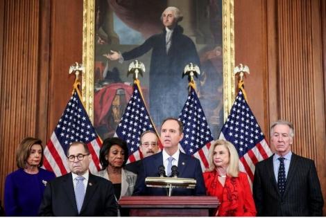 Hạ viện công bố 2 cáo buộc luận tội ông Trump