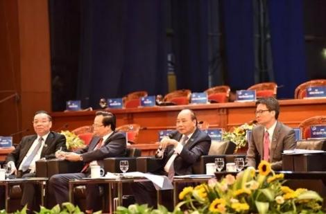 Thủ tướng và các thành viên Chính phủ đối thoại với thanh niên