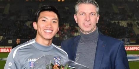 SC Heerenveen vinh danh Đoàn Văn Hậu sau tấm HCV SEA Games 30