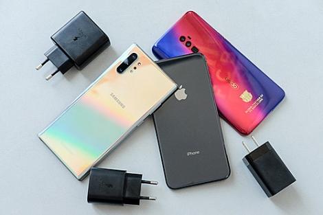 Smartphone 2019 'đua' sạc nhanh