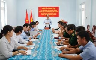 Trưởng ban Nội chính Trung ương thăm Đồn biên phòng Phước Chỉ
