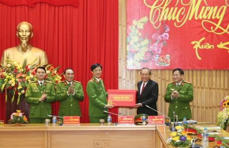 Phó Thủ tướng gửi thư khen thành tích các đơn vị nghiệp vụ của Bộ Công an