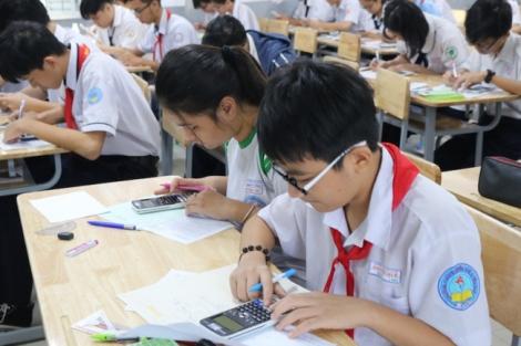 Gần 1.200 HS tham dự kỳ thi giải Toán trên máy tính cầm tay Casio