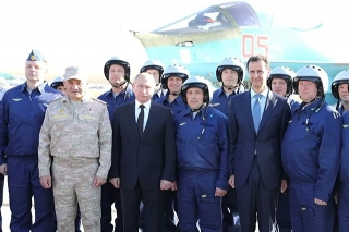 Tổng thống Nga có chuyến thăm bất ngờ tới Syria