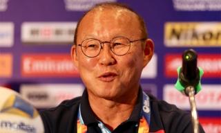 HLV Park: 'UAE muốn biết Việt Nam thì hãy chờ vào trận'